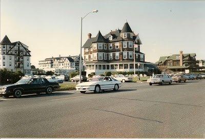 Jersey Shore Nostalgia – The Pool Bar