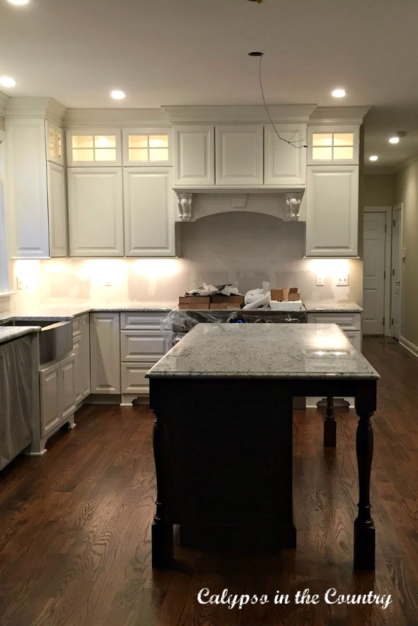White Ice - New Granite Countertops in the kitchen