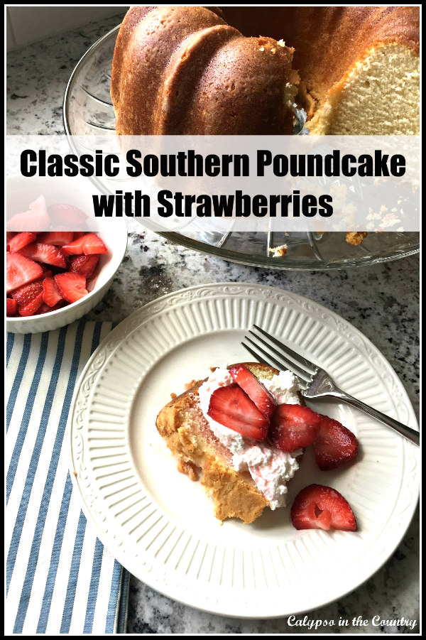 Pound cake with strawberries