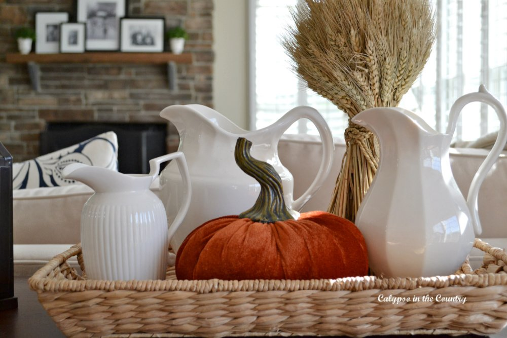 A Festive Fall Vignette on the Console Table