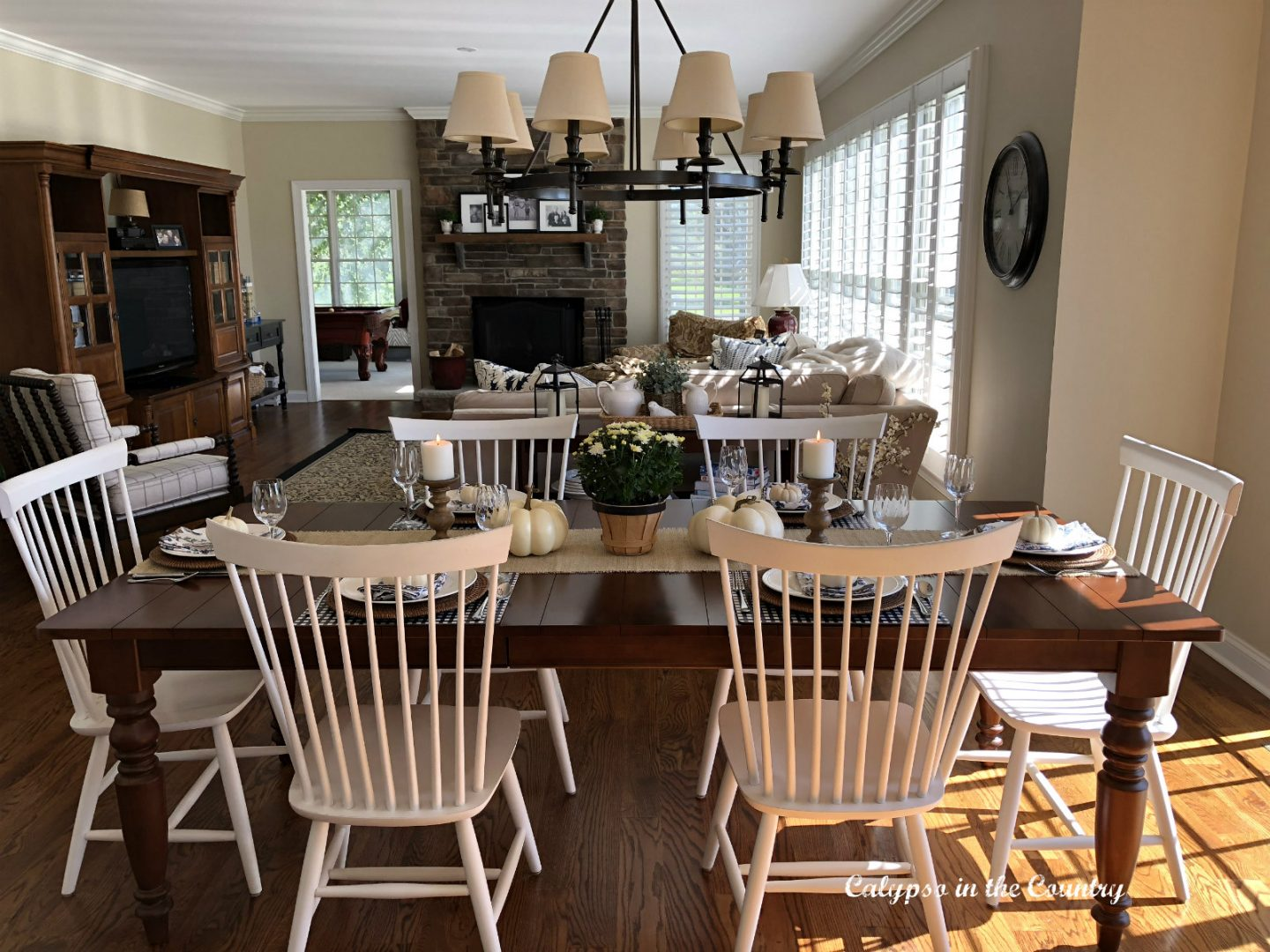 Farmhouse Style Kitchen Table Decorated for Fall