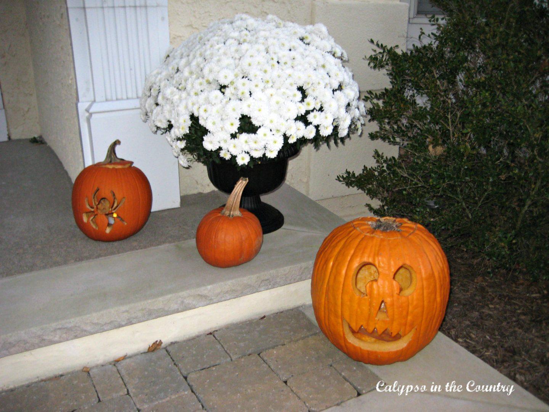 Jack O lanterns on the porch