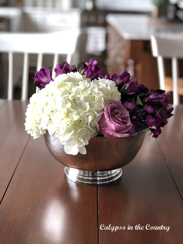 Silver bowl with hydrangeas - ideas for decorating
