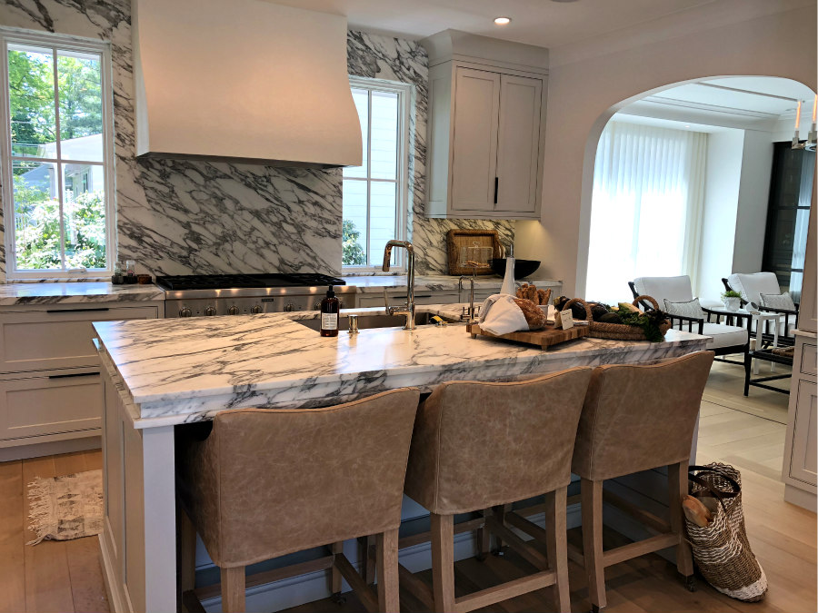 island with counter stools