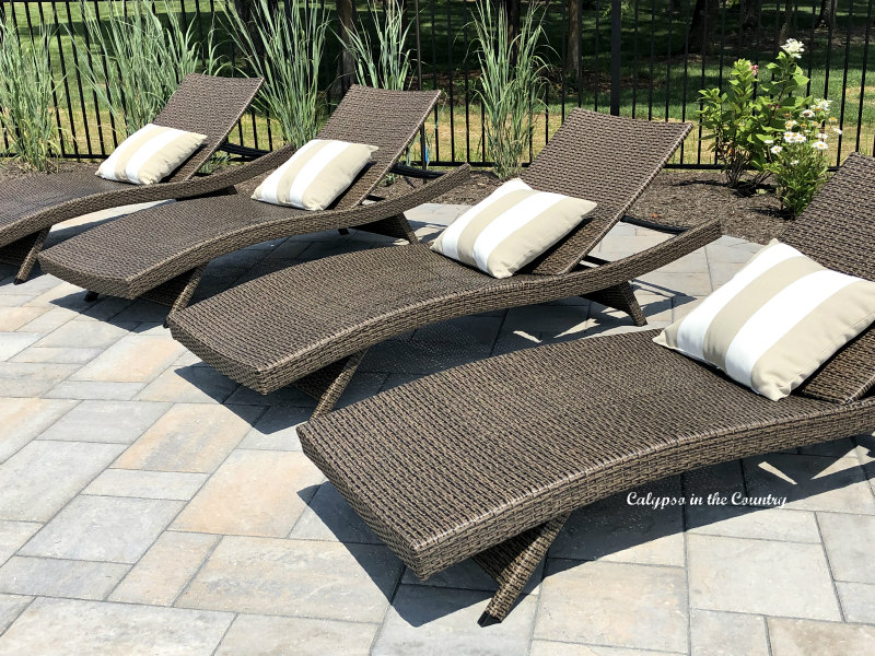 Outdoor Wicker Lounge Chairs