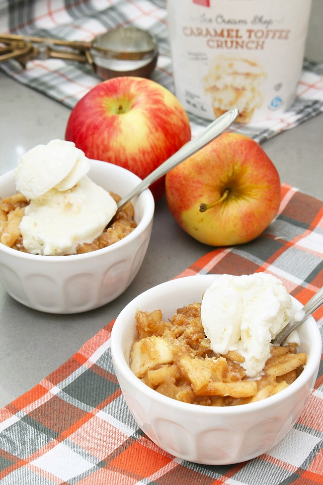 apple crisp recipe - Happy October feature