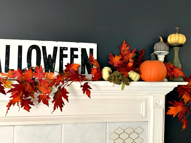 Fall mantel feature