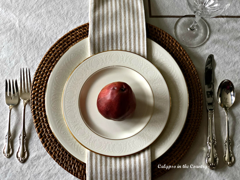 Thanksgiving Place Setting with pear