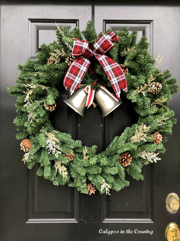 Christmas wreath on black front door - Simple Holiday Decor