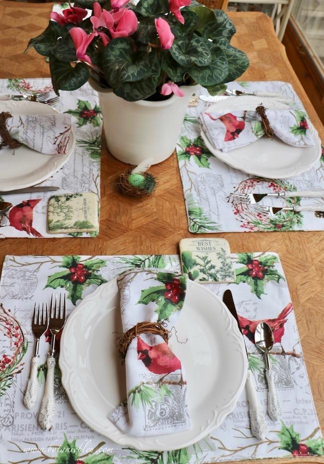 Cardinal Table