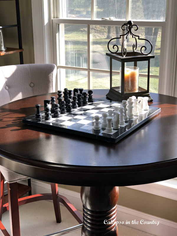 chess set on game table