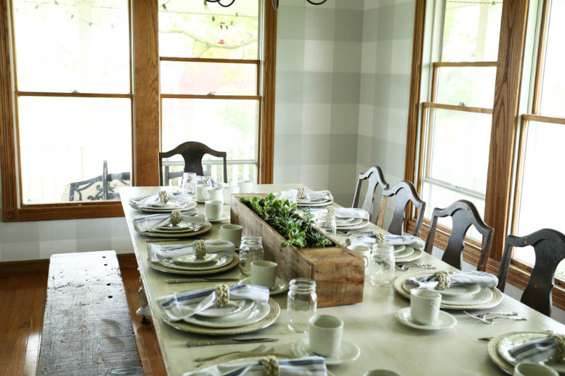 Summer Dining Table with homemade farmhouse chargers