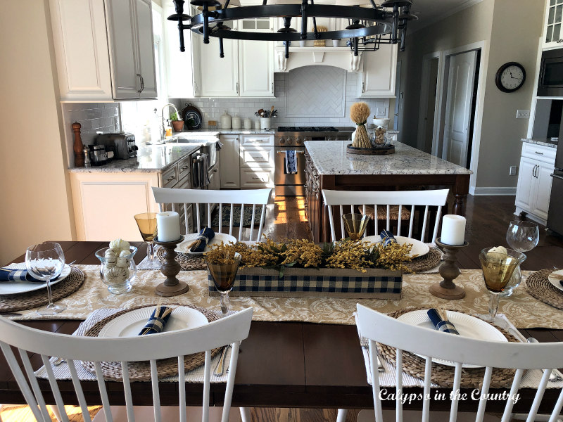 Casual Fall Table Setting Ideas with Blue and Gold