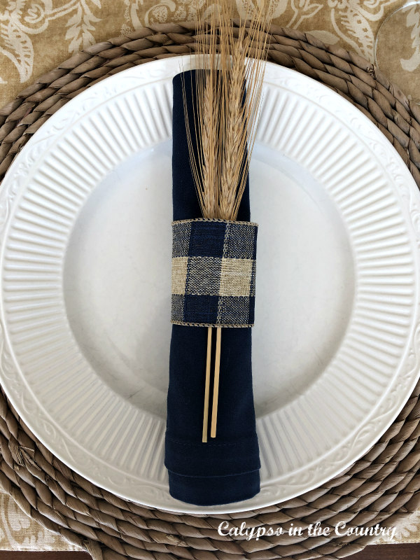 Easy DIY Checked Fall Napkin Ring with Wheat