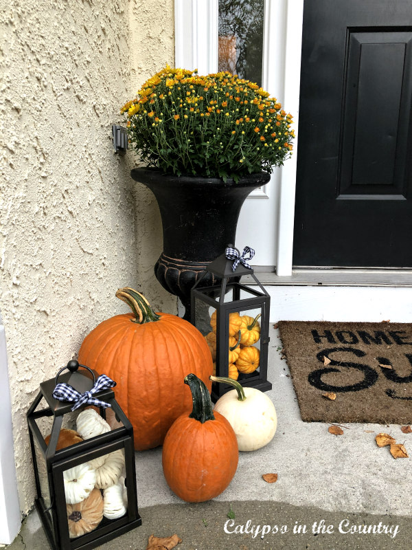 Autumn Porch Decor with pumpkins and mums