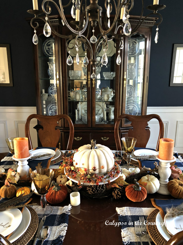 Traditional Dining Room decorated for Thanksgiving