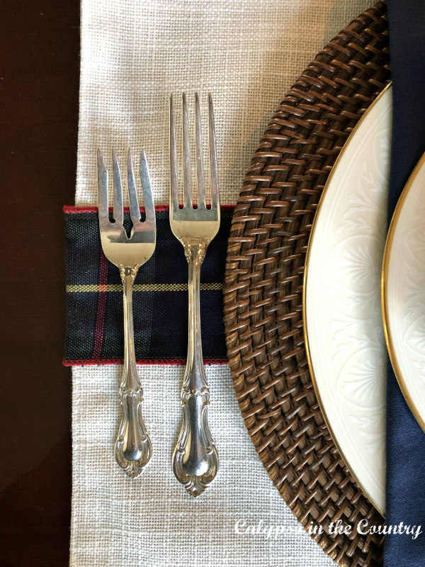 Christmas Place Setting with silverware - Traditional Christmas table decor