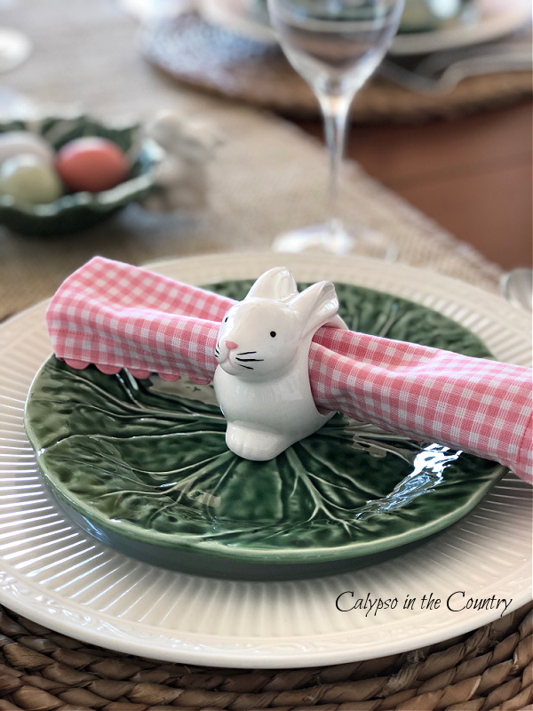 Simple Ways to Decorate for Easter (with White Bunnies)