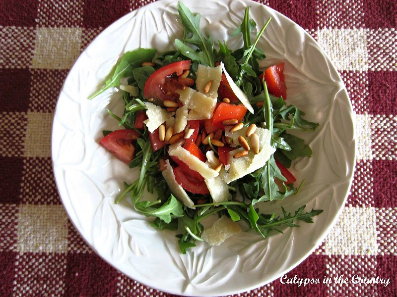Arugula salad with tomatoes and parmesan - Memorial Day Barbecue Ideas