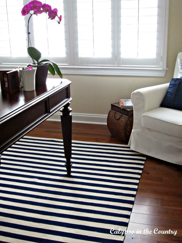 Ideas for Decorating with Stripes – Saturday Spotlight