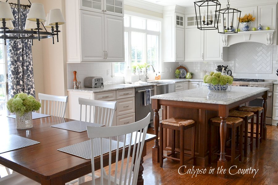 white kitchen - late summer early fall decor ideas