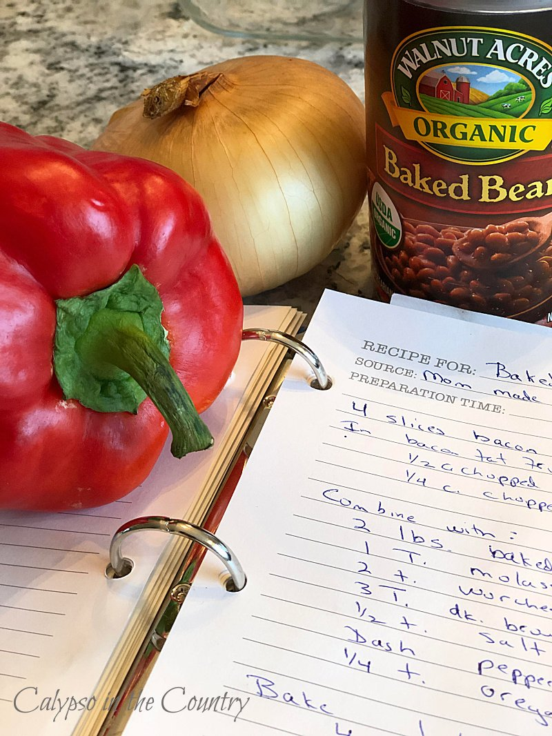 Canned beans, red pepper and recipe for baked beans